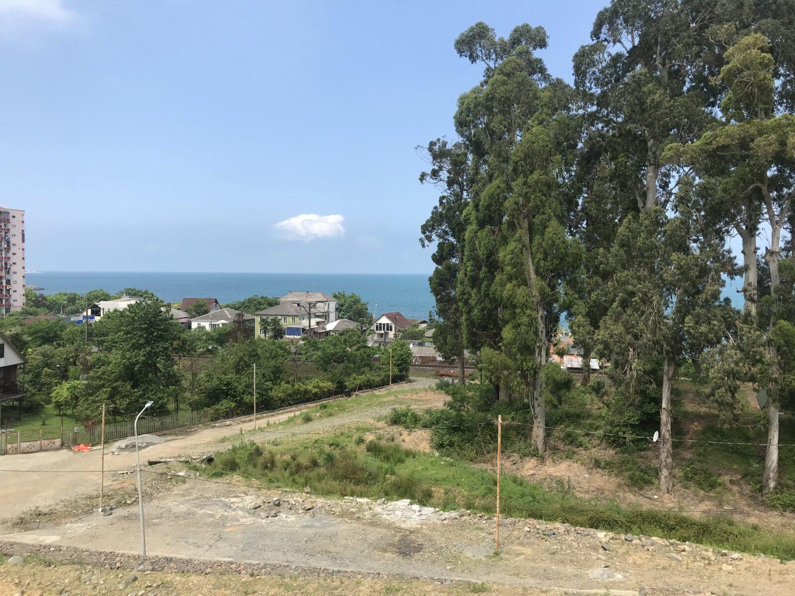 земля в Грузии с видом на море